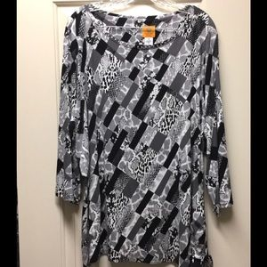 Ruby rd womens plus size 2x top Mixed animal print